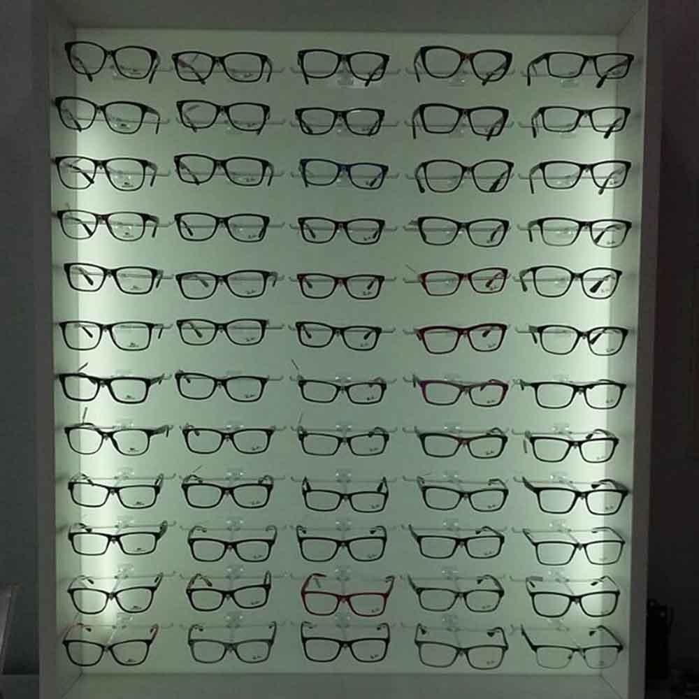 Painel Expositor em Acrílico para Óculos - Tamanho 120X120cm