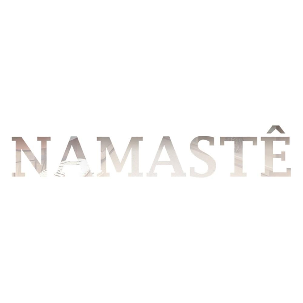 Palavra em Acrílico Espelhado - Namastê